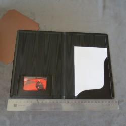 Kvalitní kožené desky na listiny