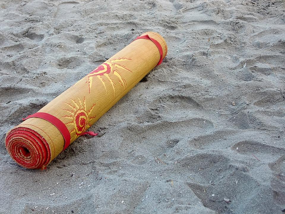 Plážové podložky, hry, míče a jiné vybavení