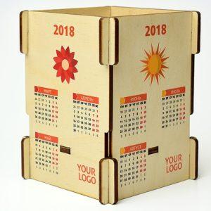 Skládací dřevěný kalendář s logem