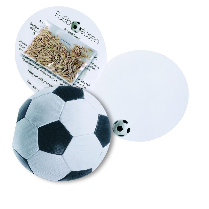 Skládací kartička ve tvaru fotbalového míče s travními semeny