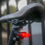 Solární cyklistická svítilna